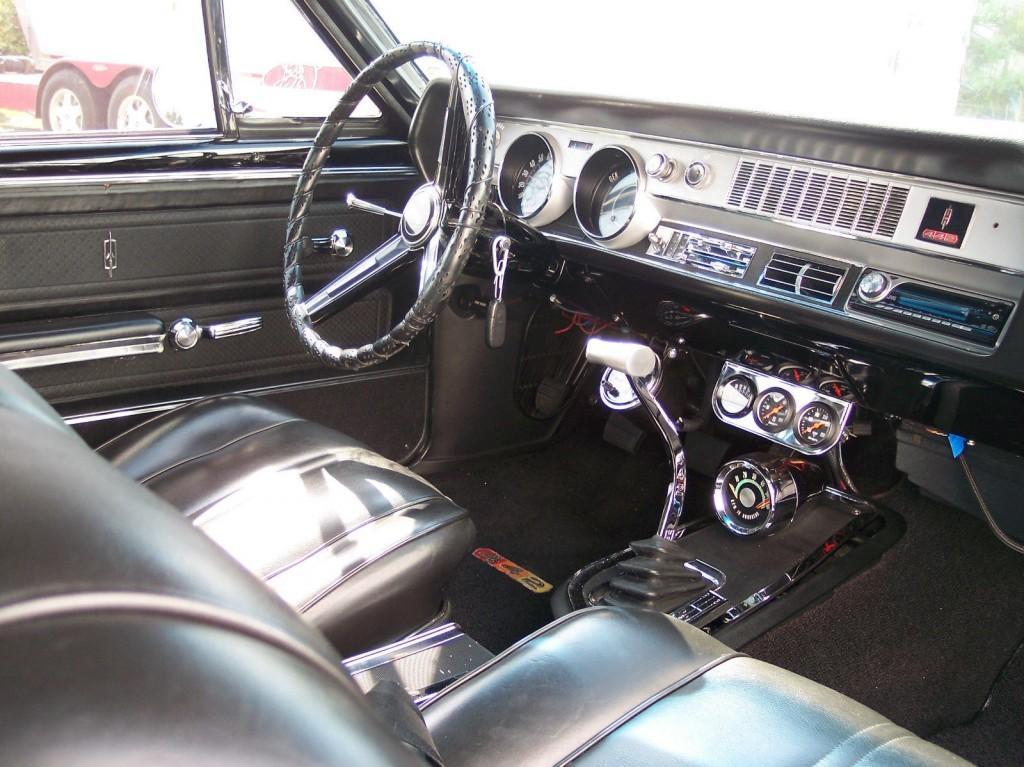1967 Oldsmobile 442 Hurst