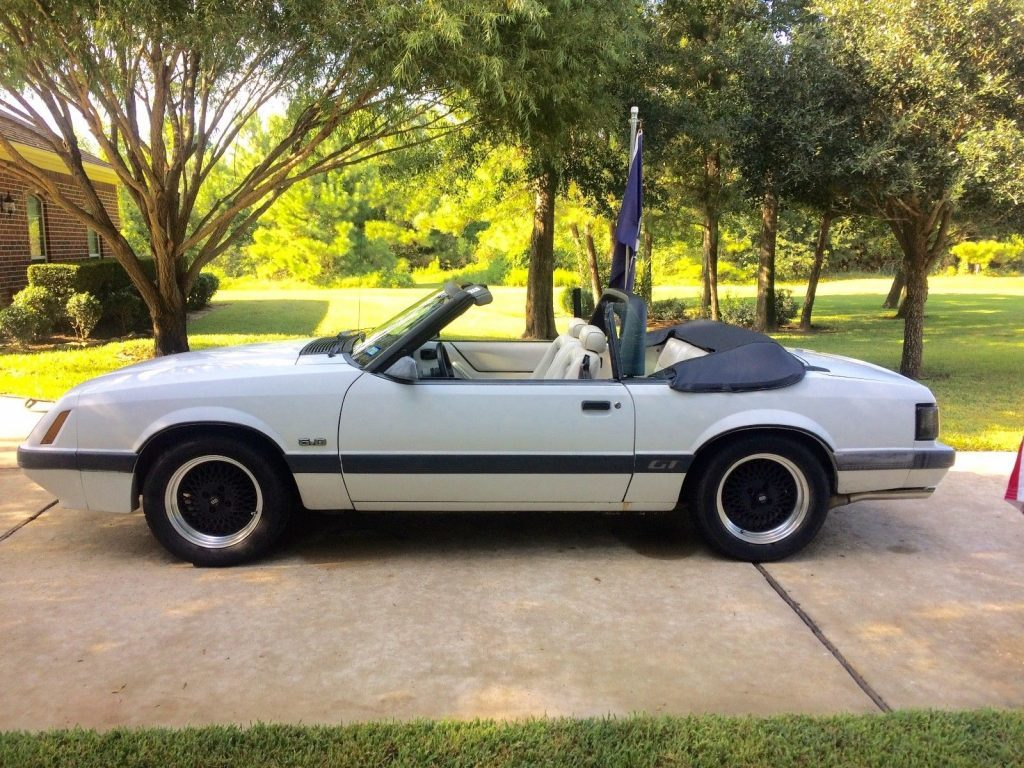 1985 Ford Mustang GT Convertible