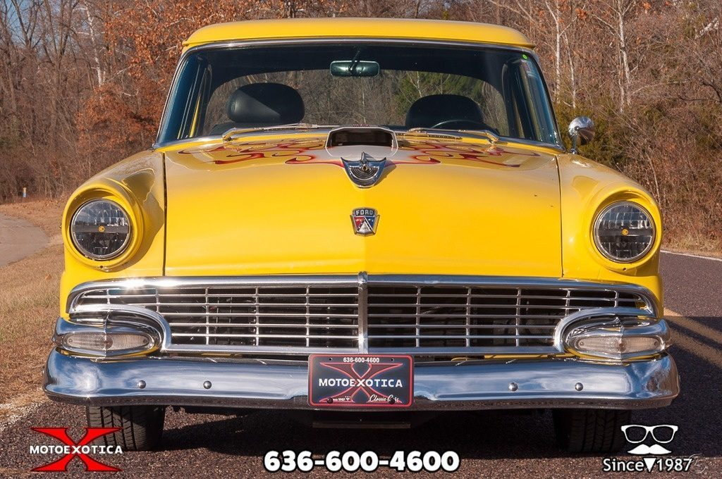 1956 Ford Customline Tudor