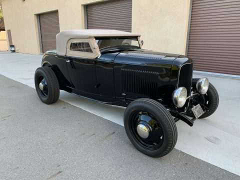 1932 Ford Deluxe Roadster for sale